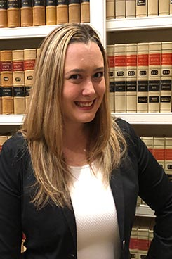 Lauren Schuler Attorney Picture